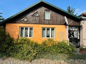 Casa de vânzare 4 camere, în Purcăreni (Miceşti)