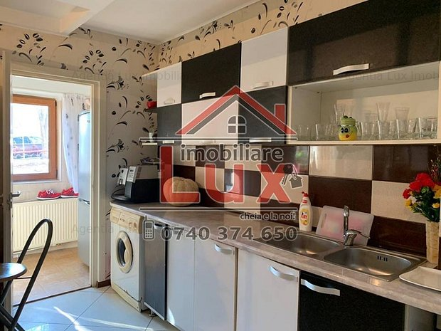 ID INTERN: 3145 Apartament cu 3 camere Str.Babadag - imaginea 2
