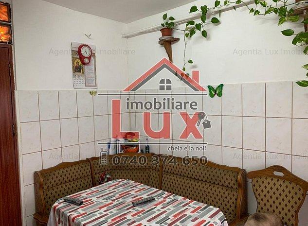 ID INTERN: 2199 *Str.Garii - Apartament cu 2 camere - imaginea 1