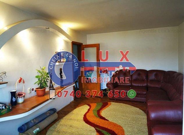 ID 3283 Apartament 3 camere * Str Sabinelor - imaginea 1