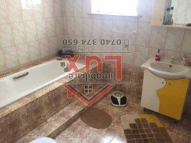 Casa de vânzare sau de închiriat 10 camere, în Tulcea, zona Central