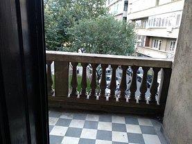 Apartament de vânzare 4 camere, în Bucureşti, zona Universitate