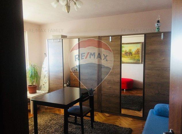 Apartament cu 3 camere pe str. Stefan cel Mare, Rogerius - imaginea 1