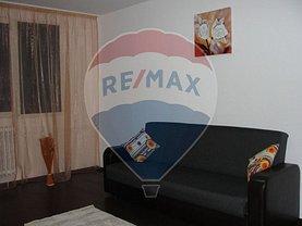 Apartament de vânzare 3 camere, în Bucuresti, zona Valea Oltului