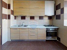 Apartament de închiriat 3 camere, în Bucureşti, zona Moşilor