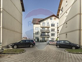 Apartament de vânzare 4 camere, în Râşnov, zona Nord-Est