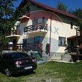 Casa de vânzare 8 camere, în Nistoresti