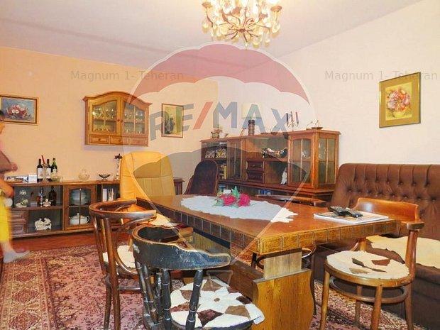 Vanzare 3 case si teren mare pe Litoral, in Tuzla Constanta - imaginea 2