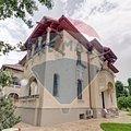 Casa de închiriat 14 camere, în Bucuresti, zona Capitale