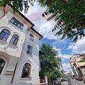 Casa de închiriat 4 camere, în Bucureşti, zona Cişmigiu