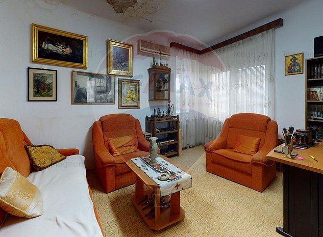 Casa cu 5 camere de vanzare in zona Baneasa / Aerogarii - imaginea 1
