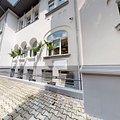 Casa de închiriat 17 camere, în Bucureşti, zona Capitale