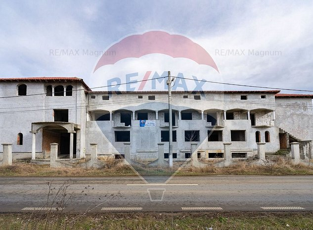 Hotel / Pensiune/ Azil De Vanzare - Snagov - imaginea 1