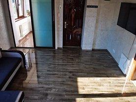 Apartament de închiriat 3 camere, în Bucuresti, zona Damaroaia