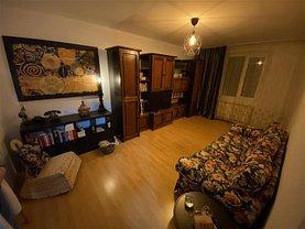 Apartament de vânzare 3 camere, în Bucureşti, zona Trafic Greu