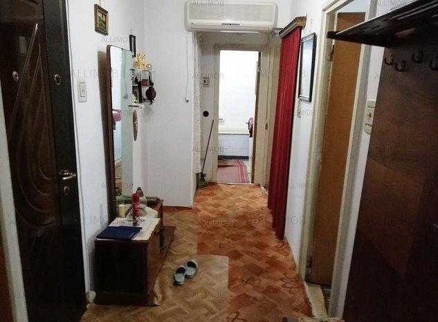 Apartament 2 camere decomandat in Ploiesti, Piata Mihai Viteazul - imaginea 1