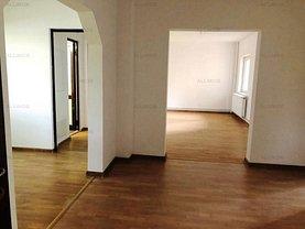 Apartament de închiriat 4 camere, în Ploieşti, zona Gheorghe Doja