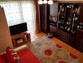 Apartament de vânzare 3 camere, în Ploieşti, zona Baraolt