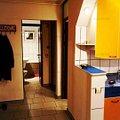 Apartament de vânzare 3 camere, în Ploieşti, zona 9 Mai