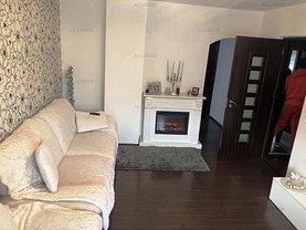 Apartament de vânzare 2 camere, în Ploieşti, zona Enachiţă Văcărescu