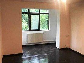 Apartament de vânzare 2 camere, în Ploieşti, zona Peneş Curcanul