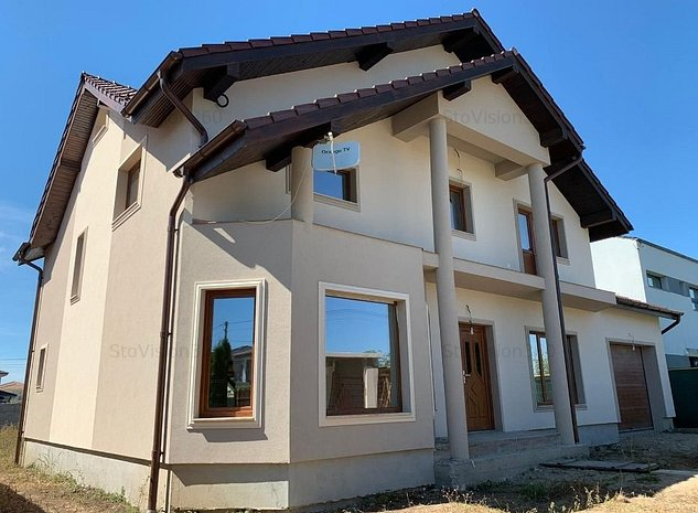 Vila cu 2 garaje si teren 650mp, Dumbravita - imaginea 1