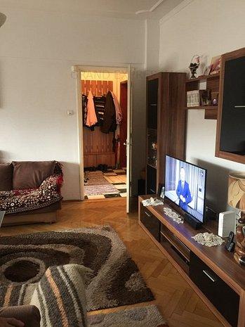 Vanzare  apartament 4 camere Universitate Piata Romana  Sector 1 - imaginea 1