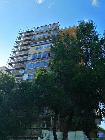 Vanzare apartament 2 camere Alexandru Obregia - imaginea 1
