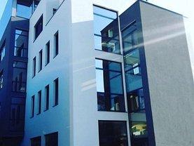 Casa de vânzare 14 camere, în Timişoara, zona Torontalului