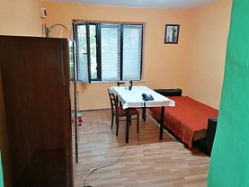 Casa de închiriat 3 camere, în Timişoara, zona Plopi