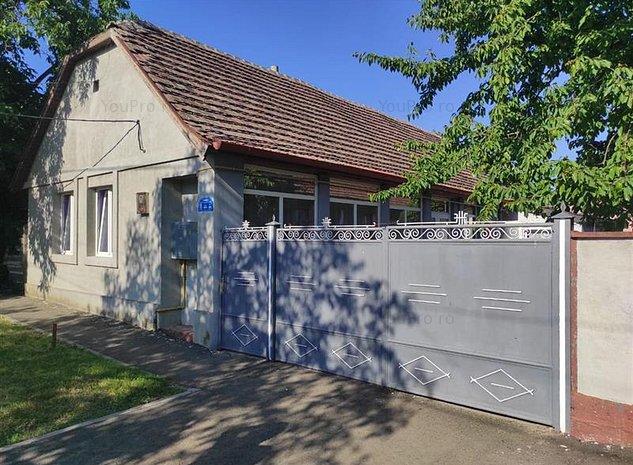 Casa Giarmata cu 4 camere - imaginea 1