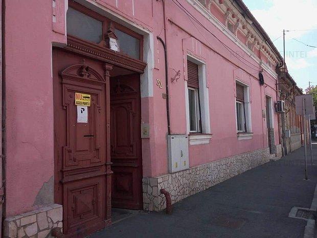 Casa pentru birouri de vanzare - imaginea 1