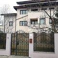 Casa de închiriat 12 camere, în Bucuresti, zona Pipera