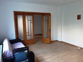 Casa de vânzare 6 camere, în Bucureşti, zona Ştefan cel Mare