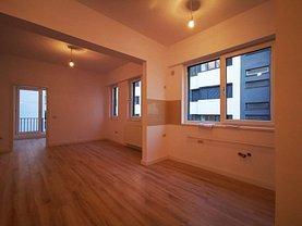 Apartament de vânzare sau de închiriat 2 camere, în Bucuresti, zona Decebal