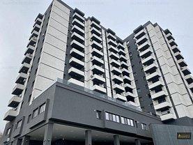 Apartament de vânzare 3 camere, în Bucureşti, zona Văcăresti