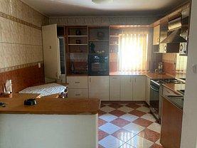 Apartament de închiriat 4 camere, în Bucureşti, zona Brâncoveanu