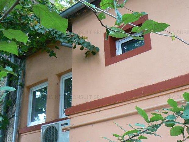 Casa Cocheta Casin-nemobilata - imaginea 1
