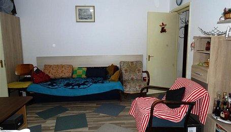 Apartamente Bucureşti, Pajura