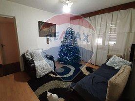 Apartament de vânzare 4 camere în Focsani, Sud