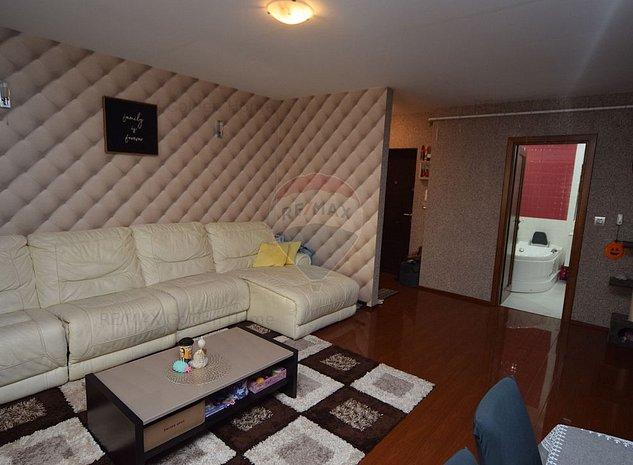Apartament LUX 3 camere - imaginea 1
