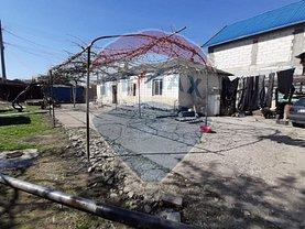 Casa de vânzare 3 camere, în Focşani, zona Vest