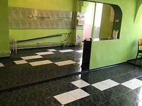 Apartament de vânzare 4 camere, în Galati, zona Micro 18