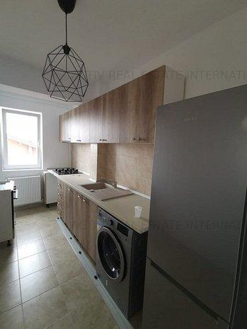 Apartament 2 camere, metrou 1Decembrie1918 - imaginea 1