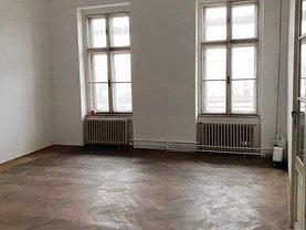 Apartament de vânzare 3 camere în Arad, Ultracentral
