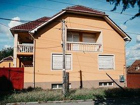 Casa de vânzare 6 camere, în Arad, zona Poltur