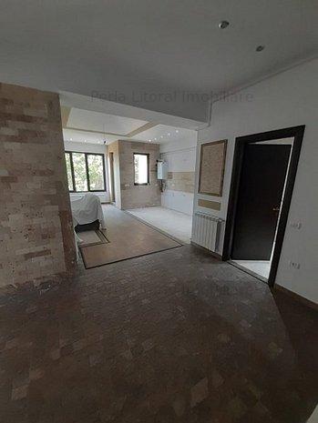 Lapusneanu - 4 Camere - Bloc Nou - Lift - imaginea 1