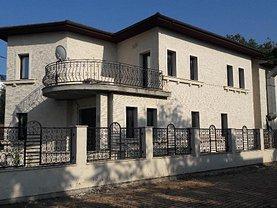 Casa de vânzare 9 camere, în Mamaia, zona Central