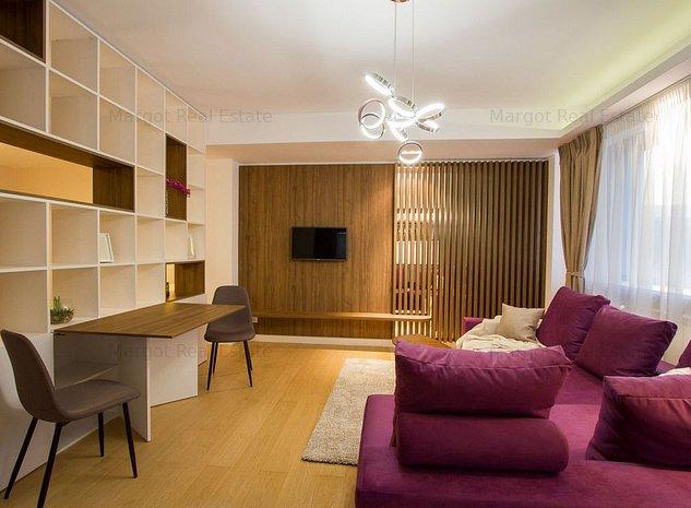 Cozy studio downtown, close to Victoriei Avenue - imaginea 1