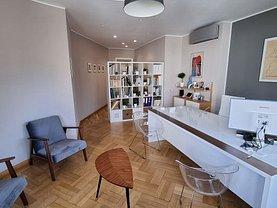 Apartament de vânzare 3 camere, în Bucureşti, zona P-ţa Amzei